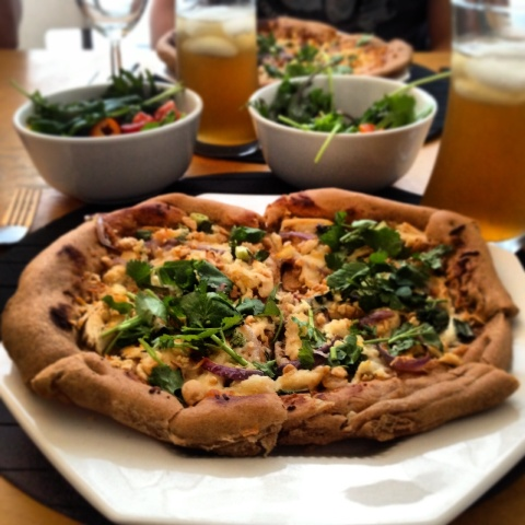 The-Best-Thai-Chicken-Pizza-Recipe