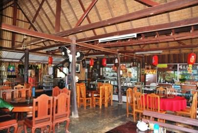 """Restaurant des Laolee Resorts im """"Tee-Dorf"""" Doi Wawee, Nordthailand"""