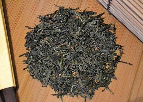 Tee in Japan: Kabuse Sencha (Kabusecha Tee) aus Wazuka, Kyoto, Japan