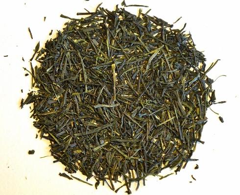 Gyokuro Wakana - lange ganze Nadeln für gute Teeblatt-Qualität