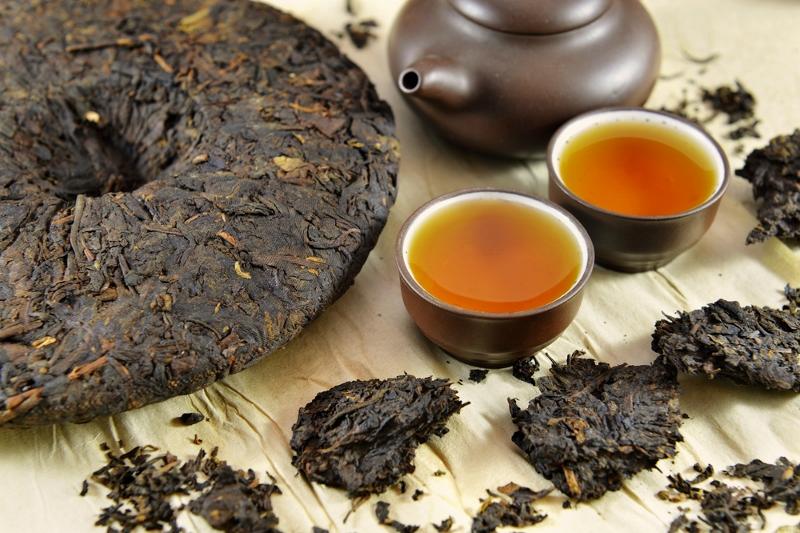 """""""shou"""" pu erh Tee in Zubereitung"""