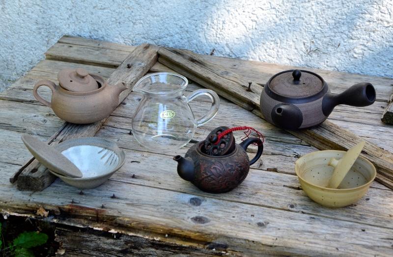 Gefäße der Teezubereitung - Beispiele für Tongefäße