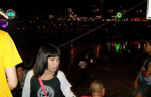 pic of cleopatra at Nan river in Phitsanulok on the Loi Krathong day 2013