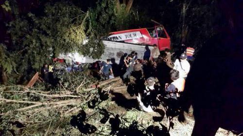 1. авария автобуса чианг рай (1)