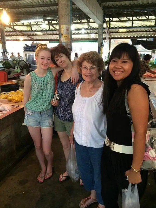 Thai Cooking Phuket News With Supparin ()