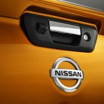 Nissan-NP300-Navara-12th-gen-tailgate-badge
