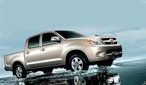 2004-Classic-Toyota-Hilux-Vigo2