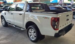 2014-Ford-Ranger-Wildtrak-white-rear-side