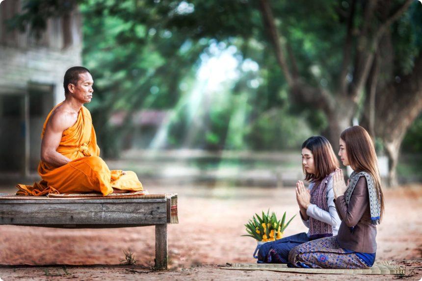 「タイ ・僧侶に対する注意事項」の画像検索結果