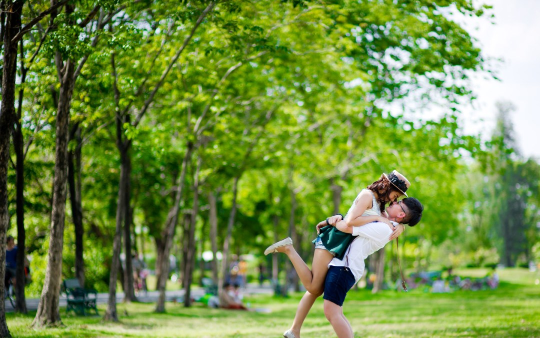 Bangkok Pre-Wedding (Engagement) Session at Rod Fai Park – Siam – BTS – MBK – Rama VIII Suspension Bridge