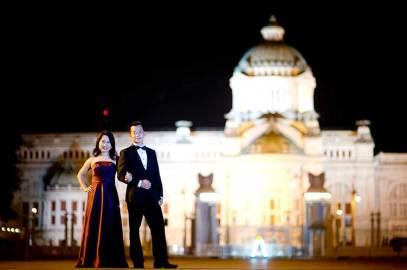 Pre-wedding pictures taken at Anantasamakom Throne Hall in Bangkok, Thailand.