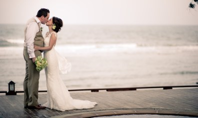 Destination wedding at Baan Talay Dao Resort in Hua Hin, Thailand. Hua Hin Wedding Photography