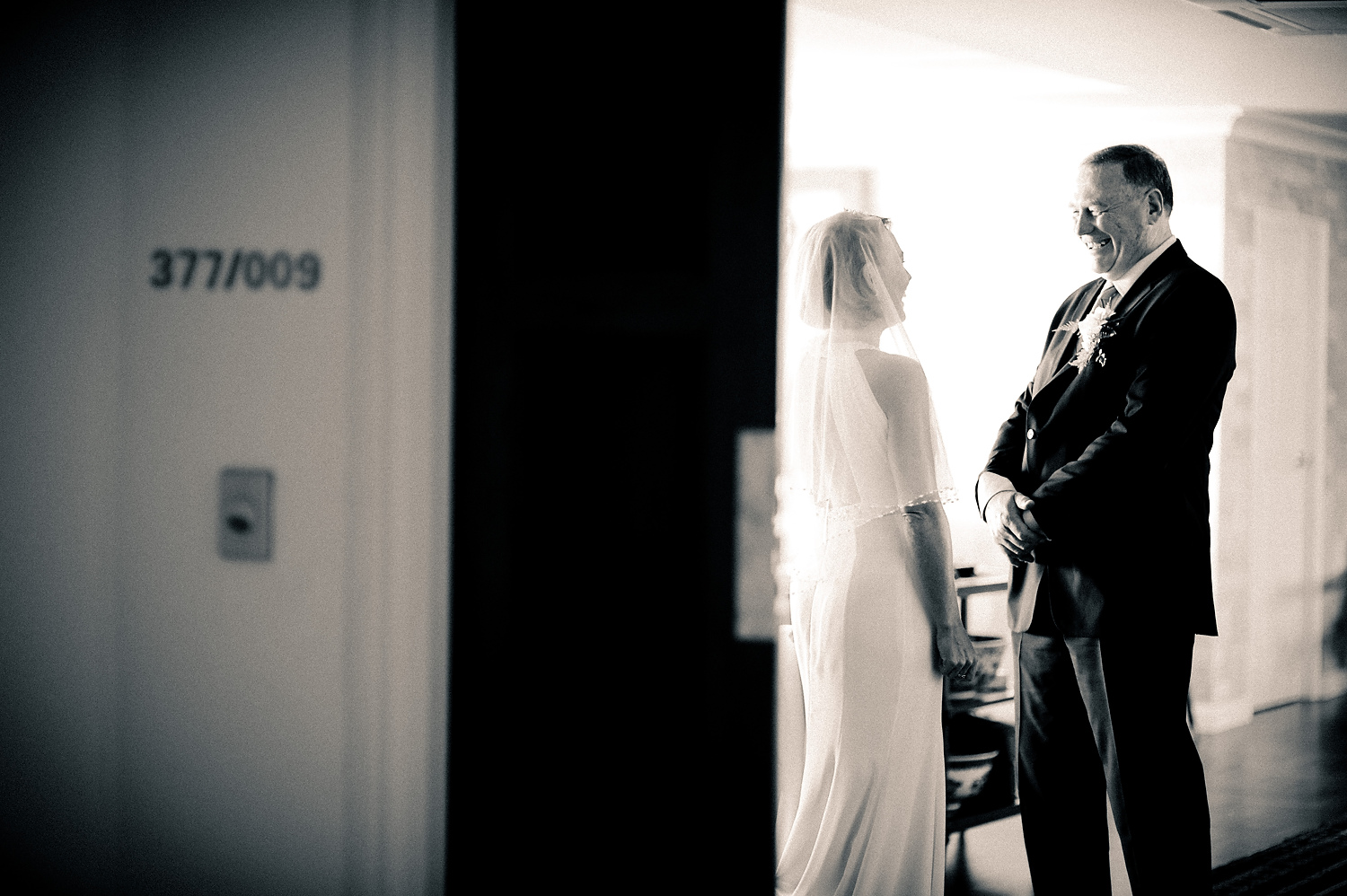 Photo of the Day: Few words before the wedding