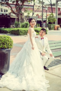 Edith and Joe's Asiatique The Riverfront pre-wedding (prenuptial, engagement session) in Bangkok, Thailand. Asiatique The Riverfront_Bangkok_wedding_photographer_Edith and Joe_1565.JPG