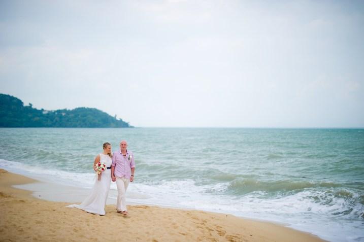 Madeline and Matthew's Bo Phut Resort & Spa Vow Renewal in Samui, Thailand. Bo Phut Resort & Spa_Samui_wedding_photographer_Madeline and Matthew_0412.TIF