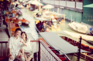 Pre-Wedding of a Chinese couple at Damnoen Saduak Floating Market and Bangkok