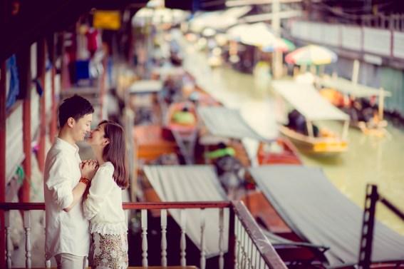 Yuchen and Wenquan's Damnoen Saduak Floating Market pre-wedding (prenuptial, engagement session) in Ratchaburi , Thailand. Damnoen Saduak Floating Market_Ratchaburi _wedding_photographer_Yuchen and Wenquan_0355.TIF