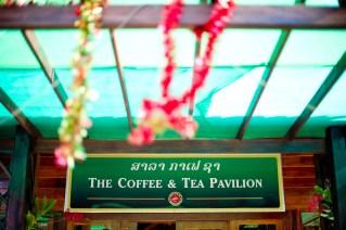 Ayano and Thavisouk's Sinouk Coffee Resort wedding in Bolaven Plateau - Champasak Province, Thailand. Sinouk Coffee Resort_Bolaven Plateau - Champasak Province_wedding_photographer_Ayano and Thavisouk_1049.TIF