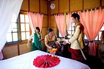 Ayano and Thavisouk's Sinouk Coffee Resort wedding in Bolaven Plateau - Champasak Province, Thailand. Sinouk Coffee Resort_Bolaven Plateau - Champasak Province_wedding_photographer_Ayano and Thavisouk_1097.TIF