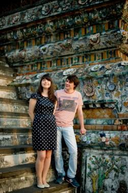 Tatiana and Alex's Wat Arun pre-wedding (prenuptial, engagement session) in Bangkok, Thailand. Wat Arun_Bangkok_wedding_photographer__1354.TIF