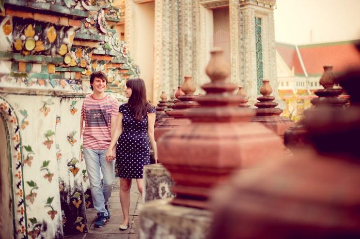 Tatiana and Alex's Wat Arun pre-wedding (prenuptial, engagement session) in Bangkok, Thailand. Wat Arun_Bangkok_wedding_photographer__1358.TIF