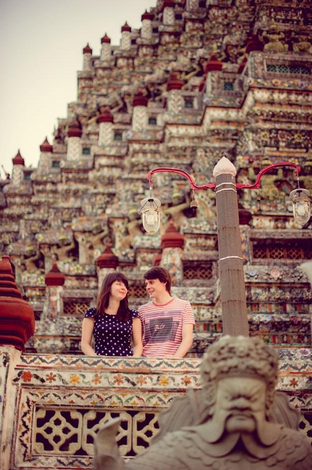Tatiana and Alex's Wat Arun pre-wedding (prenuptial, engagement session) in Bangkok, Thailand. Wat Arun_Bangkok_wedding_photographer__1364.TIF