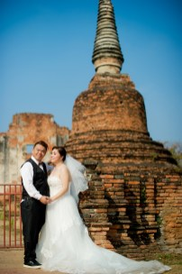 Yoko and Tor's Wat Phra Si Sanphet pre-wedding (prenuptial, engagement session) in Ayutthaya, Thailand. Wat Phra Si Sanphet_Ayutthaya_wedding_photographer_Yoko and Tor_0331.TIF