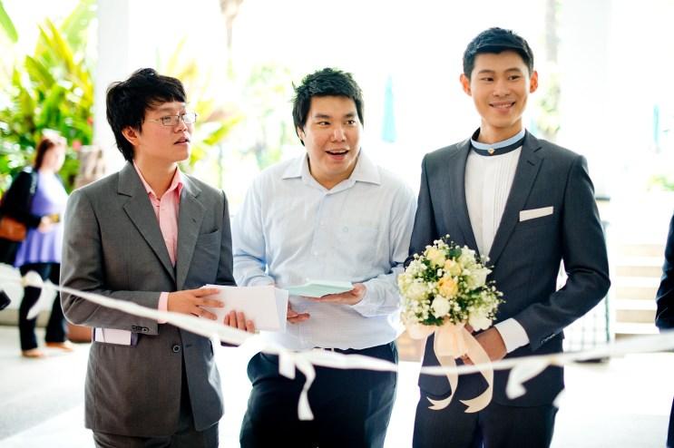 Oratai and Sophon's Anantara Riverside Bangkok Resort wedding in Bangkok, Thailand. Anantara Riverside Bangkok Resort_Bangkok_wedding_photographer_Oratai and Sophon_21.TIF
