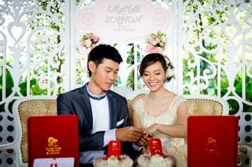 Oratai and Sophon's Anantara Riverside Bangkok Resort wedding in Bangkok, Thailand. Anantara Riverside Bangkok Resort_Bangkok_wedding_photographer_Oratai and Sophon_27.TIF