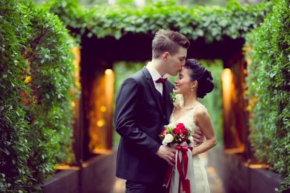 Varissara and David's Anantara Riverside Bangkok Resort wedding in Bangkok, Thailand. Anantara Riverside Bangkok Resort_Bangkok_wedding_photographer_Varissara and David_392.TIF