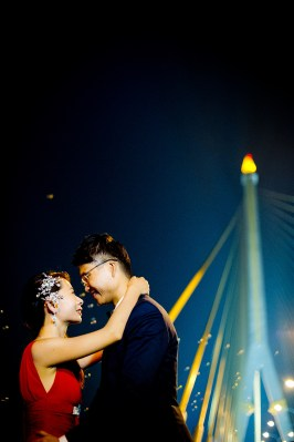 Jill and Daniel's Rama VIII Bridge pre-wedding (prenuptial, engagement session) in Bangkok, Thailand. Bangkok_Rama VIII Bridge_wedding_photographer_Jill and Daniel_41.TIF