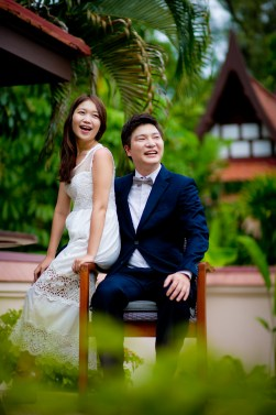 Rachel and Michael's Banyan Tree Phuket pre-wedding (prenuptial, engagement session) in Phuket, Thailand. Banyan Tree Phuket_Phuket_wedding_photographer_Rachel and Michael_29.TIF