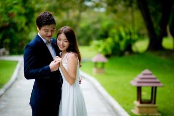 Rachel and Michael's Banyan Tree Phuket pre-wedding (prenuptial, engagement session) in Phuket, Thailand. Banyan Tree Phuket_Phuket_wedding_photographer_Rachel and Michael_40.TIF