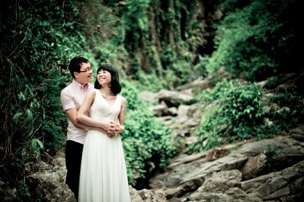 Mini and Treey's Huay Keaw Waterfall pre-wedding (prenuptial, engagement session) in Chiang Mai, Thailand. Huay Keaw Waterfall_Chiang Mai_wedding_photographer_Minin and Treey_03.TIF