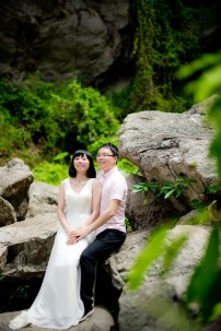 Mini and Treey's Huay Keaw Waterfall pre-wedding (prenuptial, engagement session) in Chiang Mai, Thailand. Huay Keaw Waterfall_Chiang Mai_wedding_photographer_Minin and Treey_07.TIF