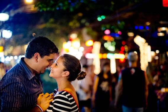 Rosalba and Jorge's Khao San Road pre-wedding (prenuptial, engagement session) in Bangkok, Thailand. Khao San Road_Bangkok_wedding_photographer_Rosalba and Jorge_180.TIF