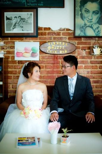 Derrick and Elaine's Phuket Old Town pre-wedding (prenuptial, engagement session) in Phuket, Thailand. Phuket Old Town_Phuket_wedding_photographer_Derrick and Elaine_03.JPG