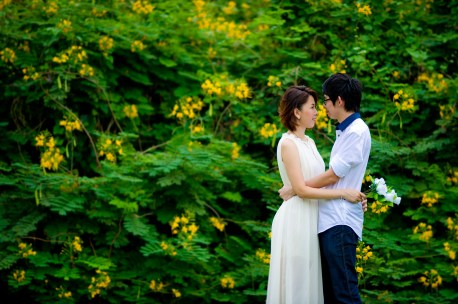 Amy and Kong's Rod Fai Park pre-wedding (prenuptial, engagement session) in Bangkok, Thailand. Rod Fai Park_Bangkok_wedding_photographer_Amy and Kong_154.TIF
