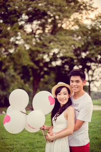 Stephanie and Kelvin's Rod Fai Park pre-wedding (prenuptial, engagement session) in Bangkok, Thailand. Rod Fai Park_Bangkok_wedding_photographer_Stephanie and Kelvin_16.JPG