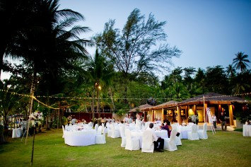 Cheryl and Lakshman's The Surin Phuket destination wedding in Phuket, Thailand. The Surin Phuket_Phuket_wedding_photographer_Cheryl and Lakshman_132.JPG
