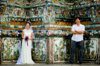 Moon and Chau's Wat Arun pre-wedding (prenuptial, engagement session) in Bangkok, Thailand. Wat Arun_Bangkok_wedding_photographer_Moon and Chau_114.TIF