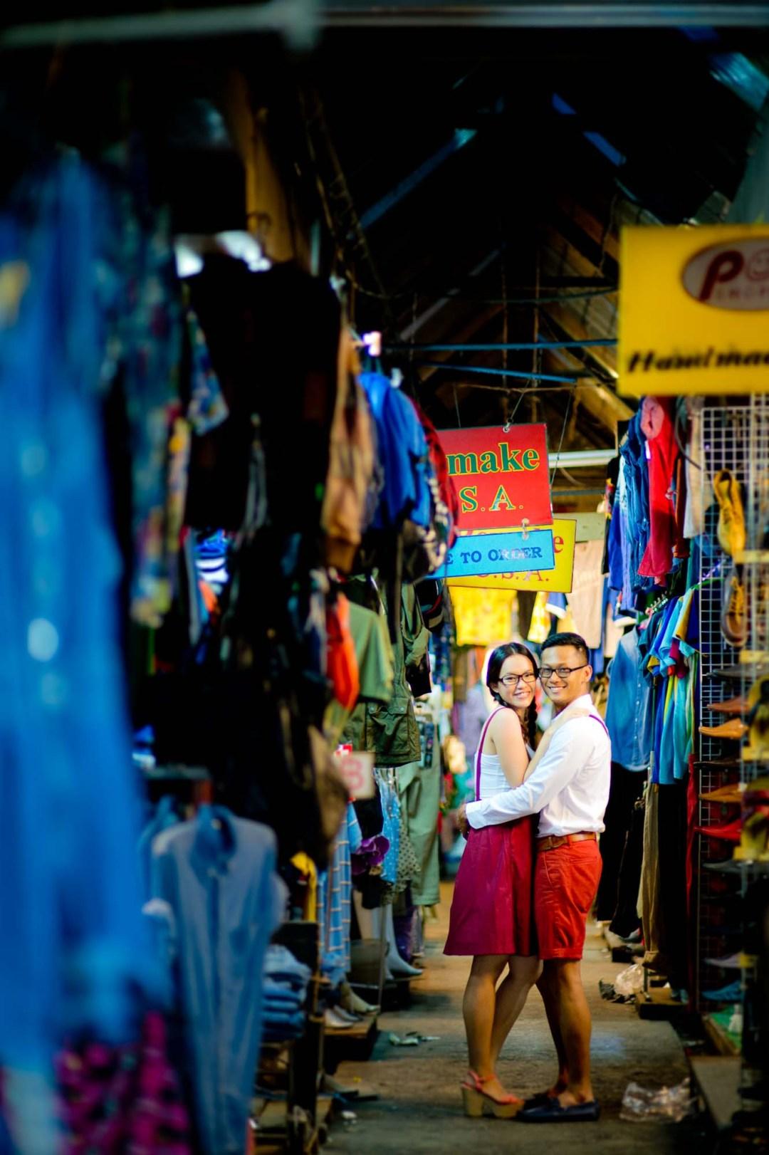 Pre-Wedding at Chatuchak Weekend Market in Bangkok Thailand | Bangkok Wedding Photography