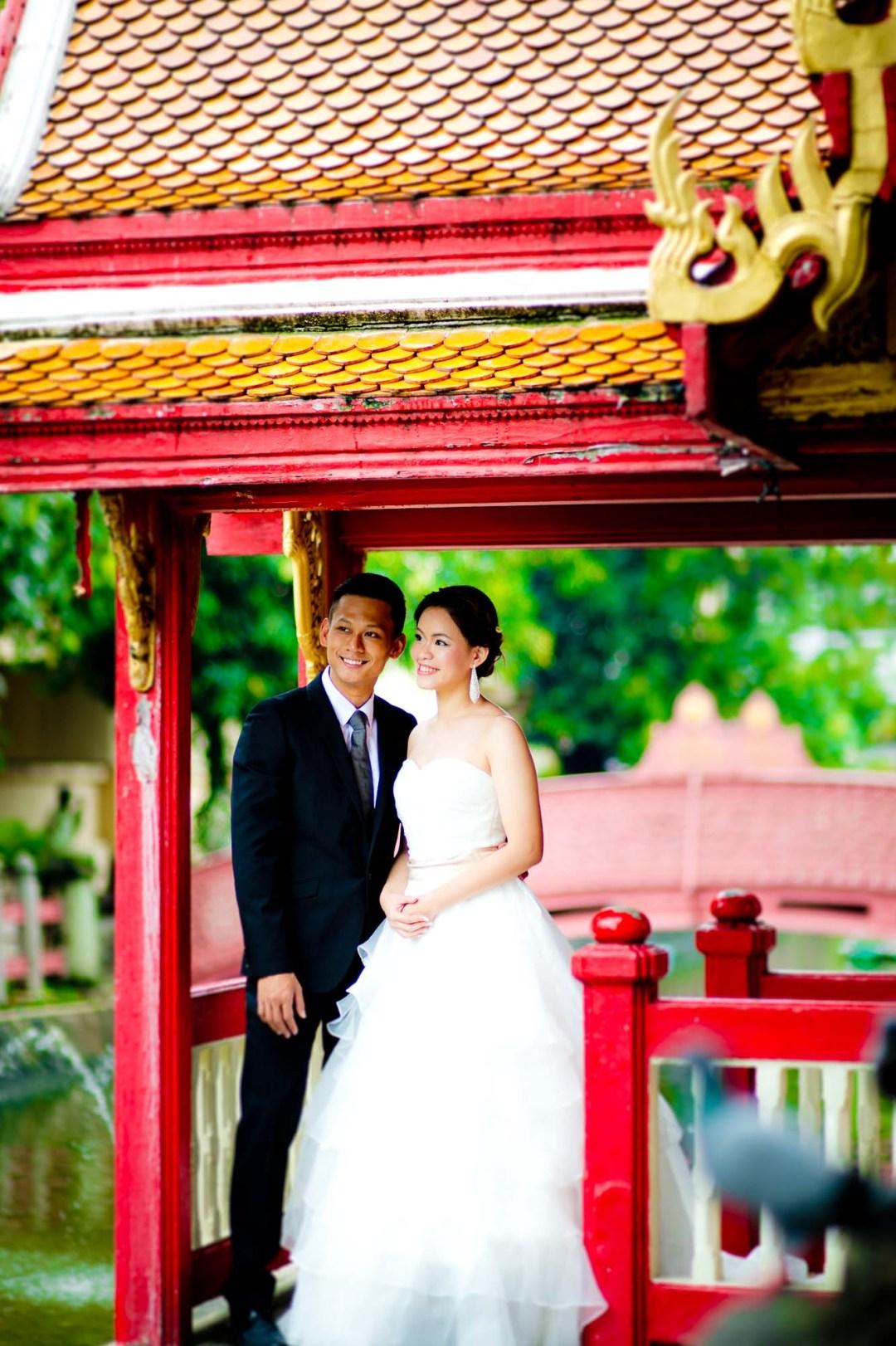 Pre-Wedding at Marble Temple (Wat Benchamabophit) in Bangkok Thailand | Bangkok Wedding Photography