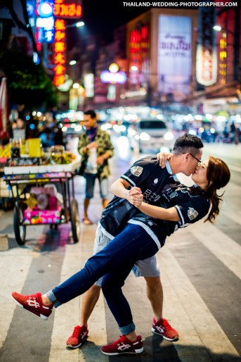 Night Prenuptial Photoshoot at Yaowarat Street (China Town)