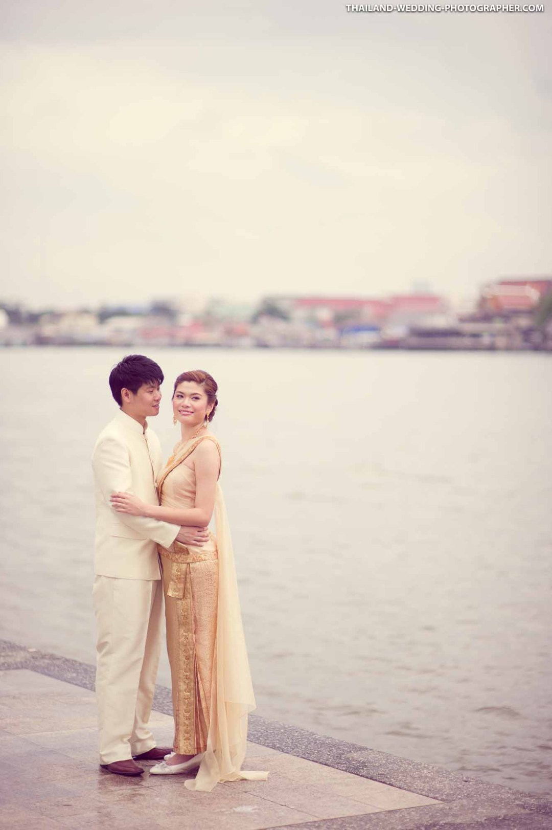 Rama 8 Bridge Bangkok Thailand Prenuptial (Engagement Session, Pre-Wedding)