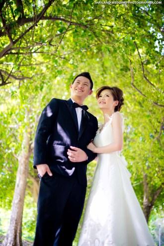 Rod Fai Park Bangkok Thailand Wedding Photography