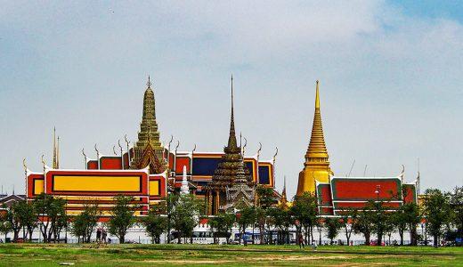 エメラルド寺院 (ワットプラケオ)タイ王室の守護寺院