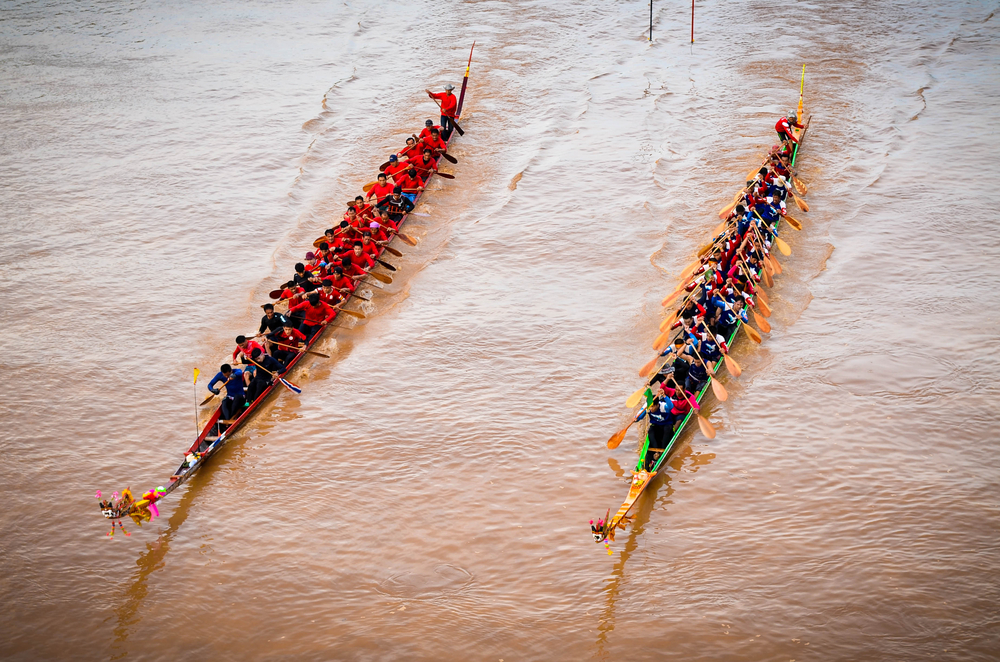 แข่งเรือยาว (Long Boat Racing) at Phichit (พิจิตร)