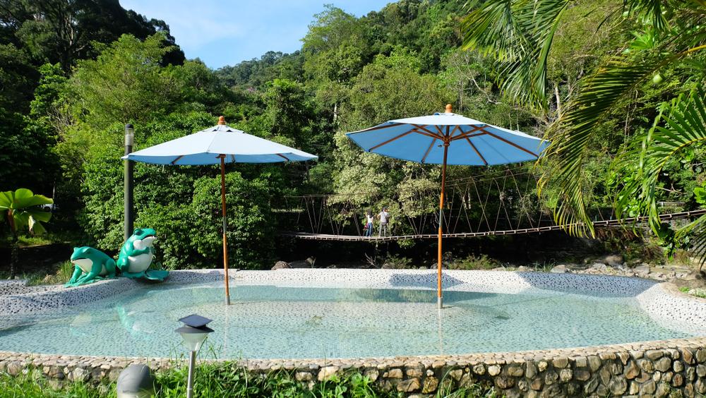 Mineral Water Pool (สระน้ำแร่)