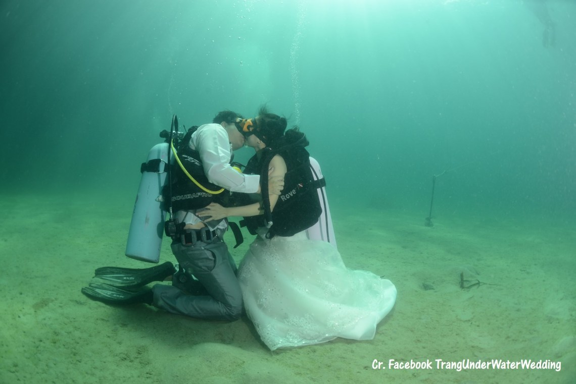 Underwater Wedding Ceremony (วิวาห์ใต้สมุทร)